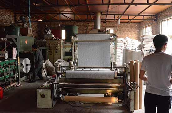 丙纶布生产车间