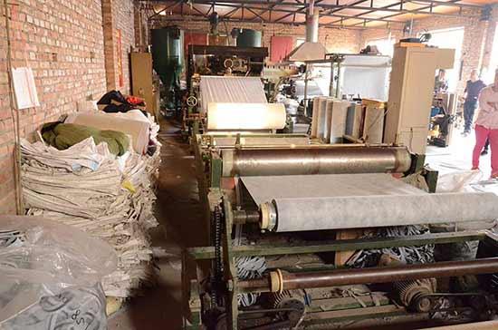 丙纶布生产车间3