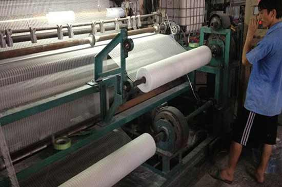 网格布生产过程
